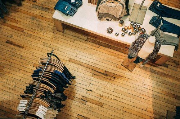 clothes-1839935_640
